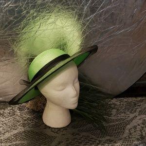 Ladies polypropylene green hat